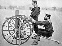 Один из первых серийных образцов пулемета Максим